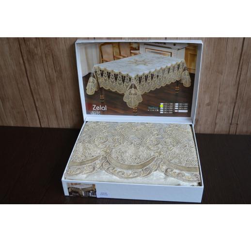 Велюрова скатертина з мереживом Haspen 160×300 cм Zelal, кремова